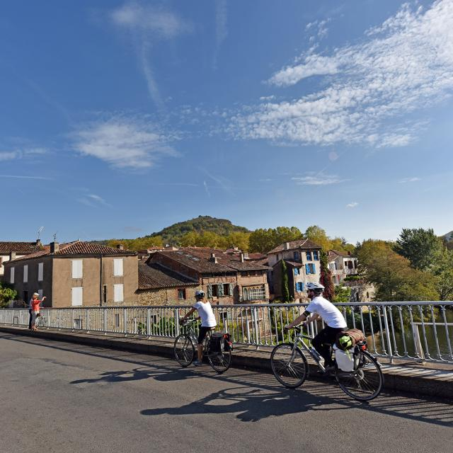 Véloroute-Gorges de l'Aveyron-agence de développement touristique- Tarn et Garonne-82