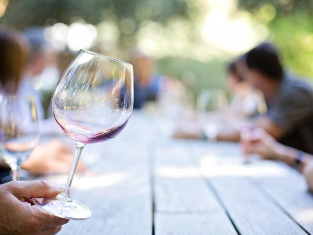 Wineglass 553467 1920