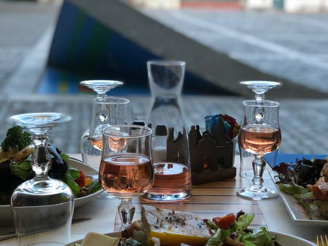 Table Lauzerte