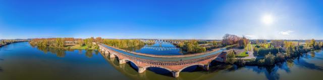 Pont Canal Du Cacor Moissac Vent D'autan